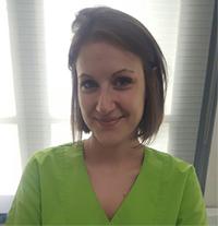 Elodie - Assistante dentaire qualifiée